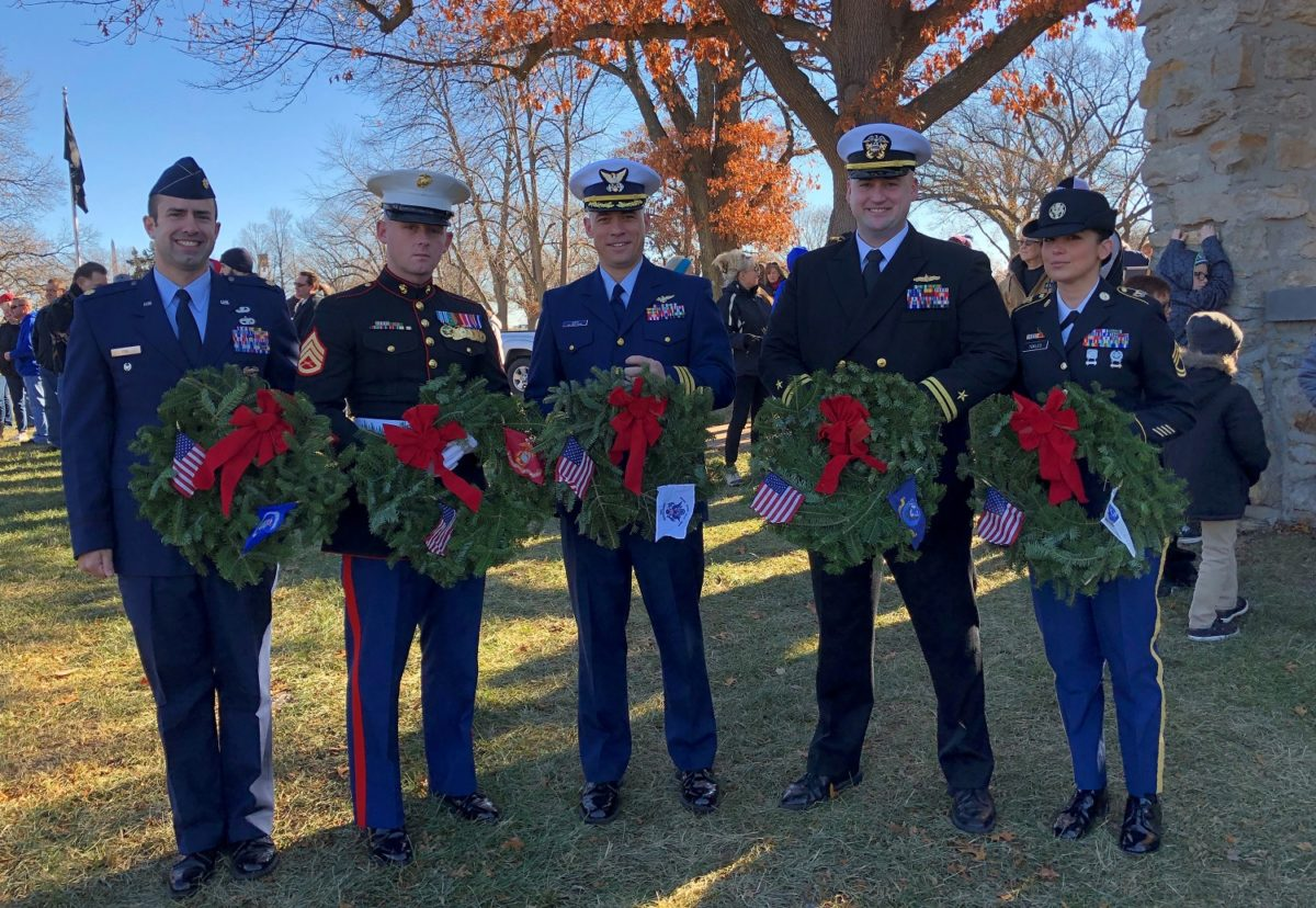 Service-members-with-wreaths-1200x828.jpg